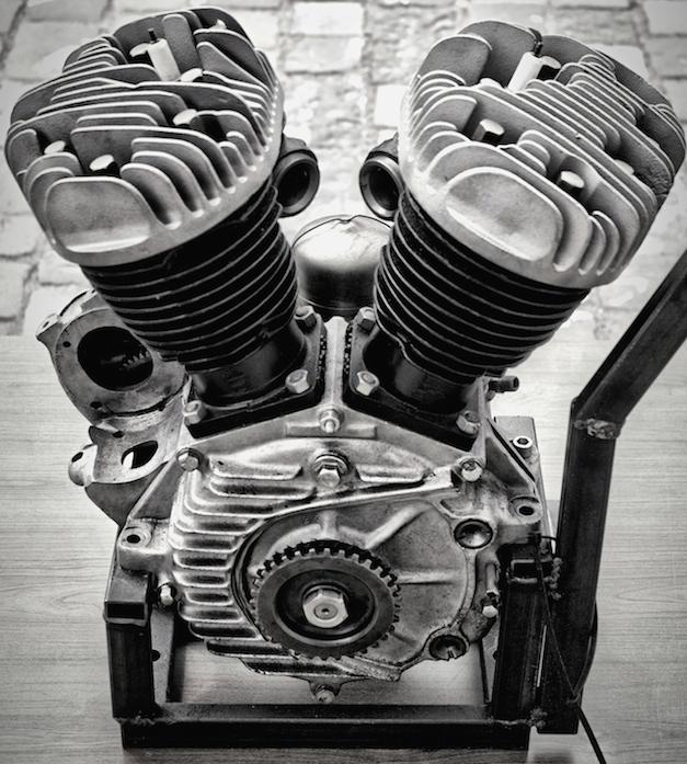 Silnik V