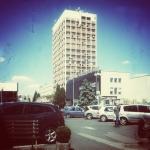 Rzeszów okolice ulicy Rejtana, wieżowiec i klimatyzatory