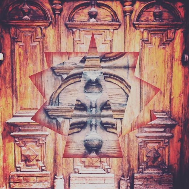 Tajemne drzwi - wariacja
