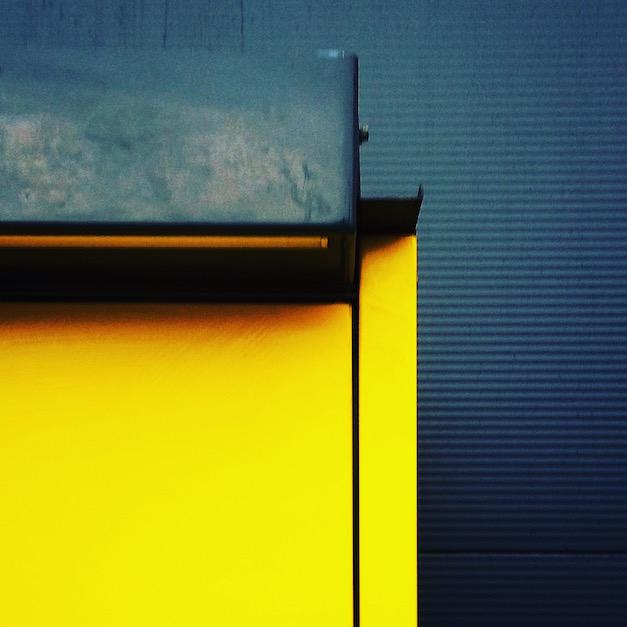 fotografia minimalizm skrzynka