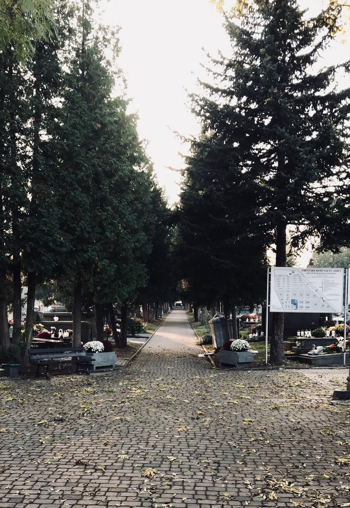 Jarosław nowy cmentarz